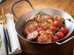 Filets de Caille Fermière des Landes et tomates cerise poêlés et déglacés au Floc-de-Gascogne