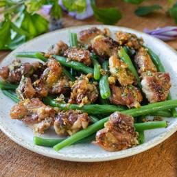 Fricassée de cuisses de poulet fermier des Landes